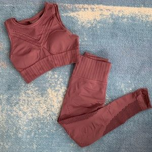 Matching Athleta Trophy Seamless Outfit